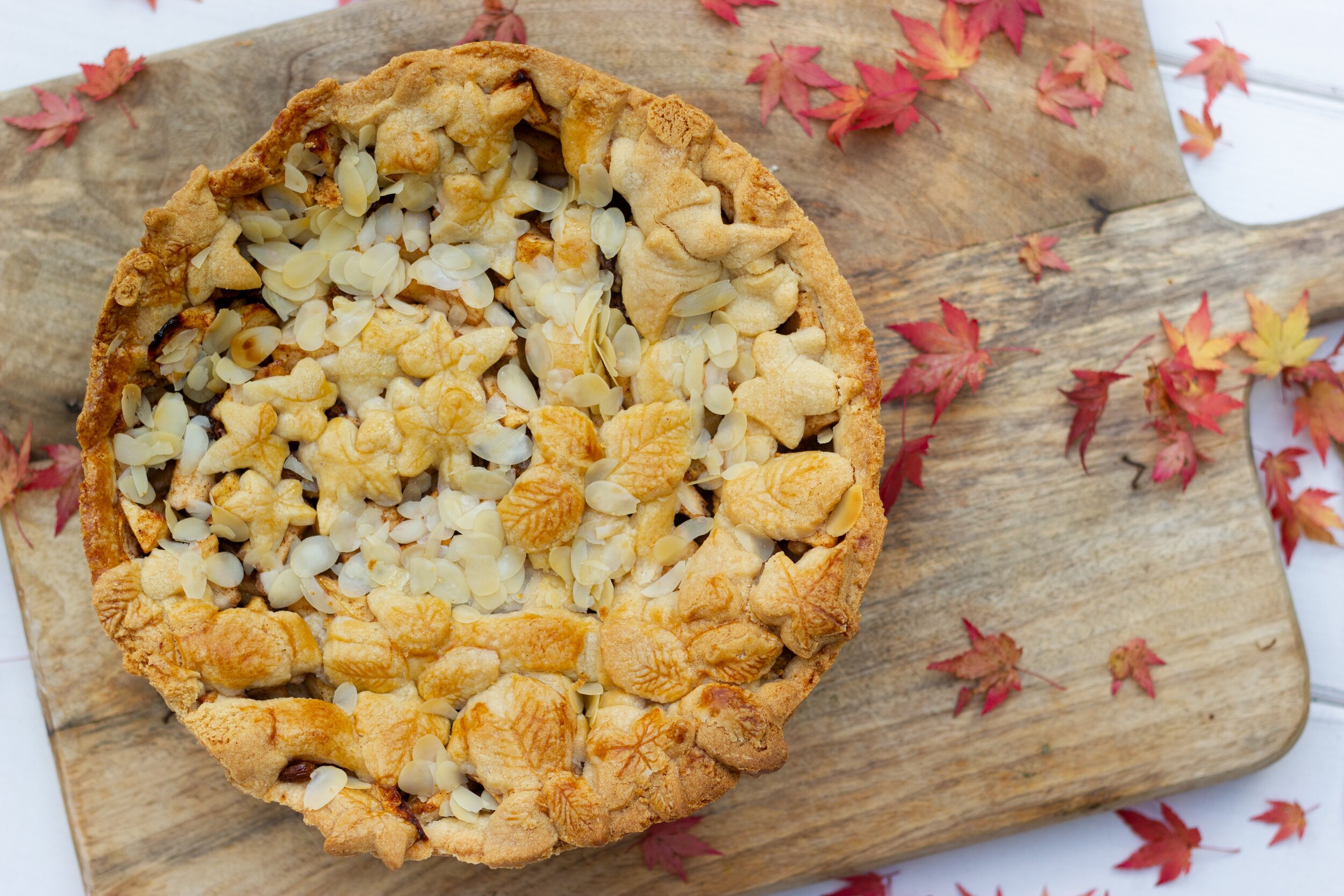 pie with fall designs